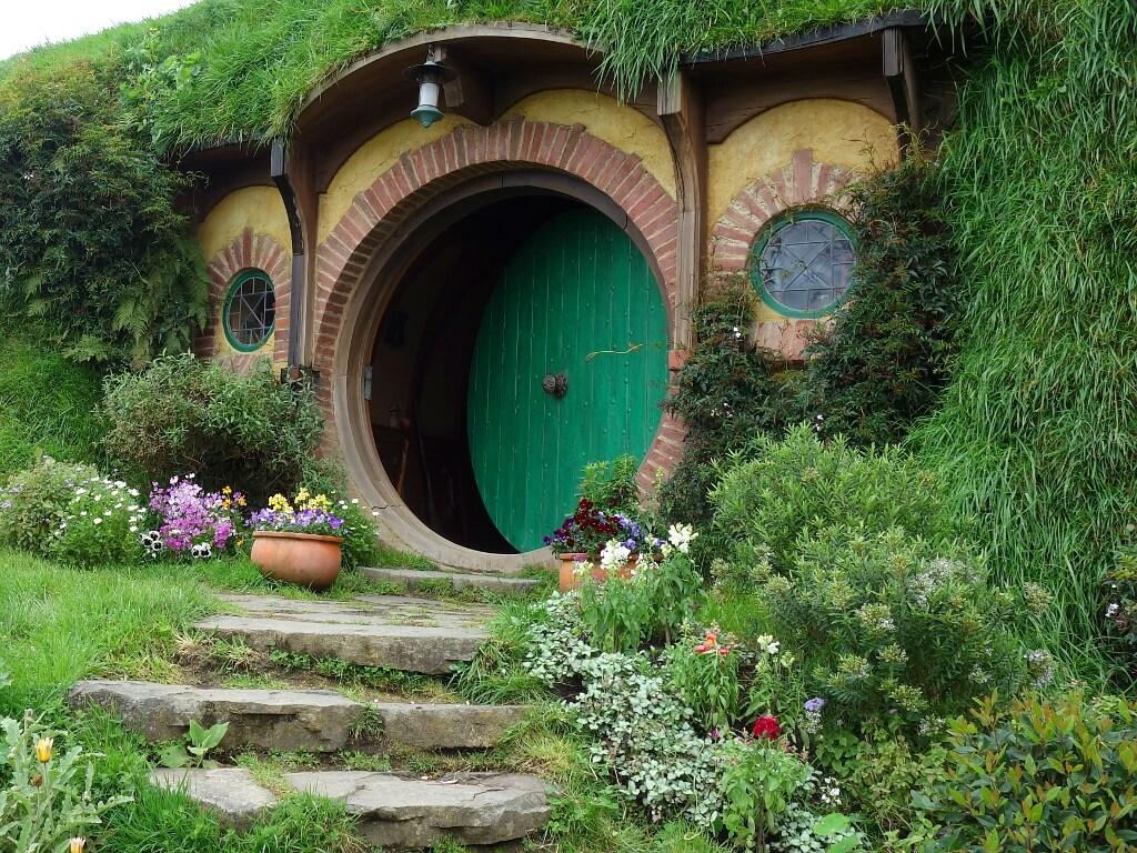 Nowa Zelandia zielony domek Hobbitów