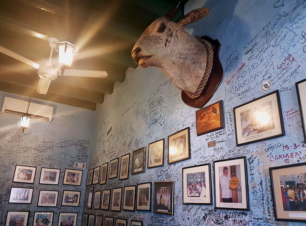 wnętrze baru Hemingwaya