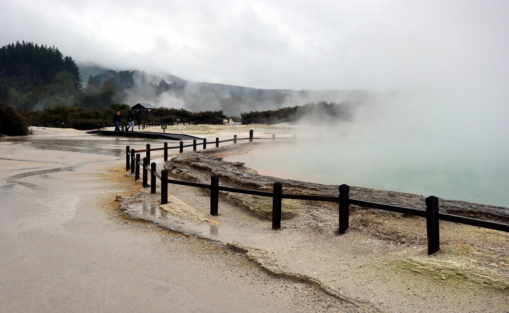 źródła geotermalne