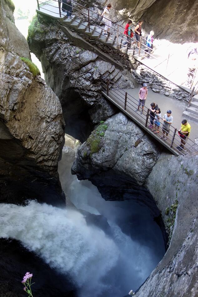 Trümmelbach największe podziemne wodospady Europy