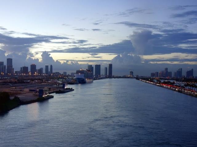 Miami wejście do portu