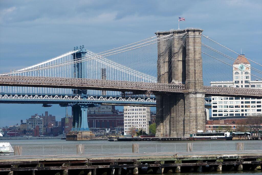 Dwa najbardziej znane mosty Nowego Jorku: Brookliński i Manhattan