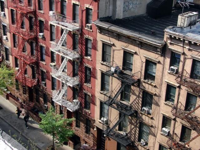 schody przeciwpożarowe w Nowym Jorku