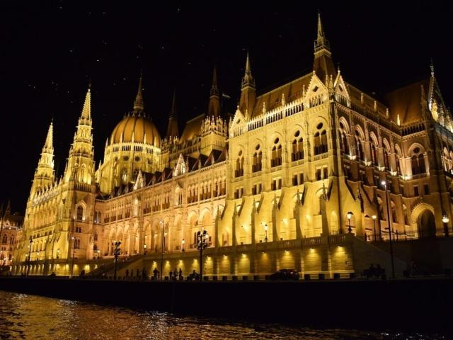 Budapeszt - parlament nocą