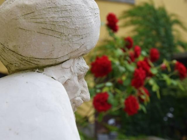 Rzeźba mężczyzny w turbanie