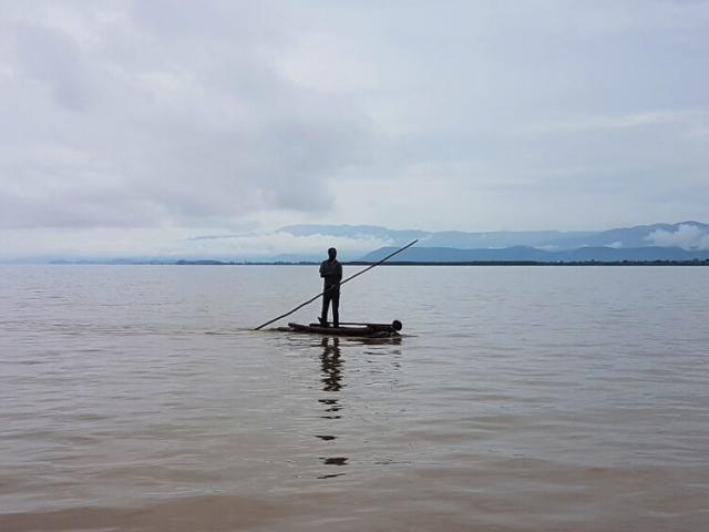 Połów na jeziorze