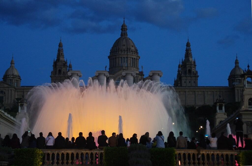 Pokaz fonntan w Barcelonie