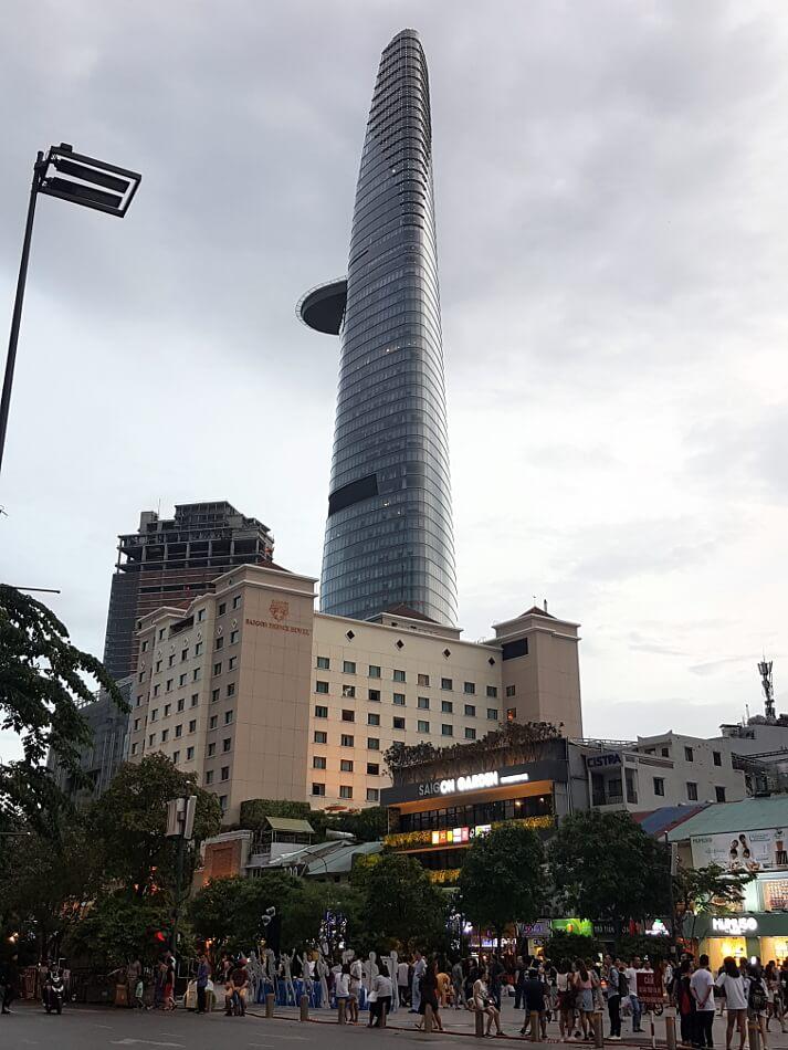 Ho Chi Minh, dawniej Sajgon i najwyższy budynek Bitexco Financial Tower