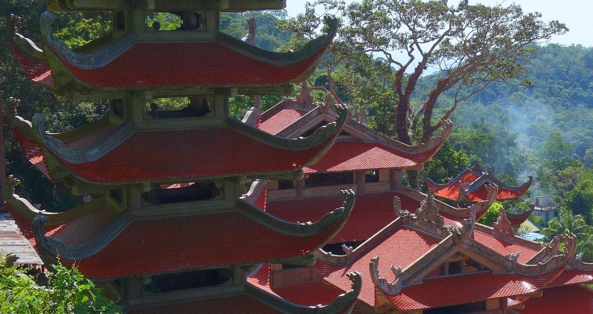 Dachy pagody Ta Cu